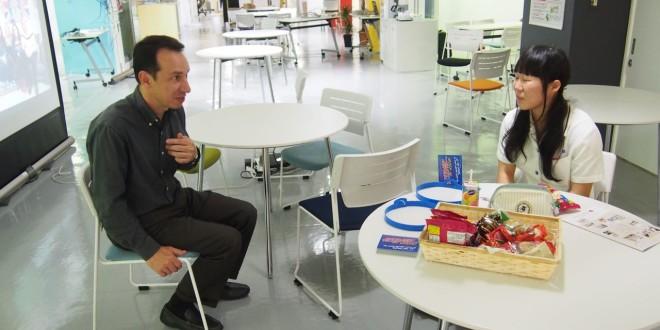 ジッツマン先生との英会話練習 In the language lounge with Mr Zitzmann